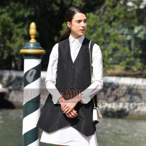 Buy Margaret Qualley Women's Stylish Casual Cotton Vest at $50 Off